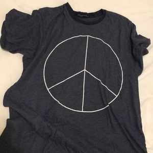 Wildfox Tops - Wildfox Peace Sign T-shirt ☮️
